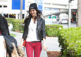 Виктория Джастис, фото 2331. Victoria Justice - Boots & Snug Plaid Jeans at LAX airport in Los Angeles on February 25, foto 2331