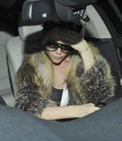 Victoria Beckham - Страница 14 Th_56376_celebrity-paradise.com_Victoria_Beckham_arriving_At_Hotel_006_122_168lo