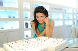 Энджи Хэрмон, фото 1871. Angie Harmon Hosts PANDORA Mother's Day Event at Santa Monica Place on May 7, 2011, foto 1871