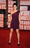 Shiri Appleby @ 2009 MTV Video Music Awards in NYC, September 13, 2009