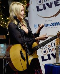 Jewel Kilcher - SiriusXM Acoustic Christmas with Shawn Mullins - Nashville, TN - Dec. 14, 2015
