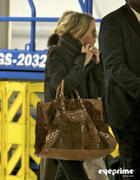 Mary Kate and Ashley Olsen at LAX 29-03-2011 (not HQ) Tags