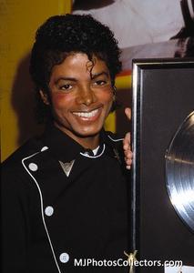 1983 Thriller Certified Platinum Th_948018833_med_gallery_8_2427_16511_122_338lo