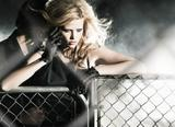 Lara Stone &amp;amp; Marlon Texeira - Fall/Winter 2010 - 15 LQ