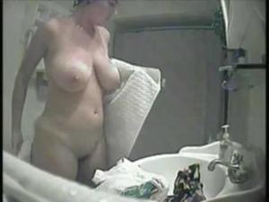 [Image: th_905637269_hidden_cam_shower_big_boobs..._529lo.jpg]